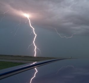 Cloud_to_ground_lightning